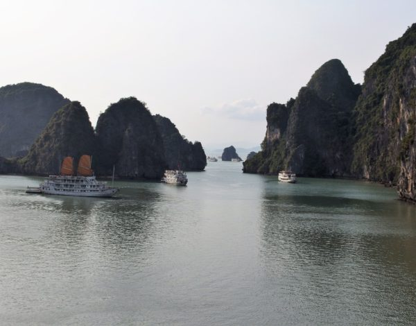 Tips on Visiting Halong Bay
